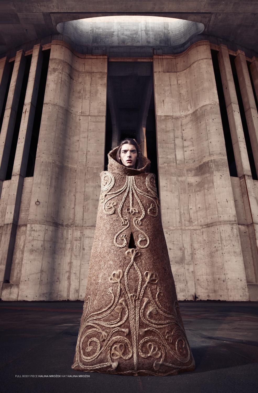 Między rzeźbą a modą
